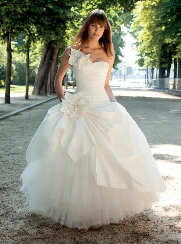 Prices Of Cymbeline Wedding Dresses